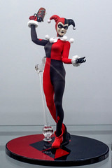 Harley Quinn (misterperturbed) Tags: mezco mezcoone12collective nycc nycc2019 newyork newyorkcomiccon newyorkcomiccon2019 one12collective harleyquinn
