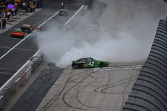 DSC_0639 (w3kn) Tags: nascar monster energy cup series dover speedway 2019 drydene 400 mile kyle larson burnout celebration