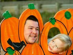 Mike and Mikey (starmist1) Tags: pumpkin pumpkinpatch federalway wa cornmaze refreshments food hotdrinks upick october autumn fall partlycloudy cool