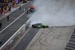 DSC_0646 (w3kn) Tags: nascar monster energy cup series dover speedway 2019 drydene 400 mile kyle larson burnout celebration