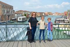 Sue & The Kids On Ponte Longo (Joe Shlabotnik) Tags: canal violet everett bridge murano april2019 sue venezia proudparents italia venice italy 2019 afsdxvrzoomnikkor18105mmf3556ged