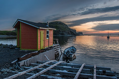 Lumière du Soir, Back Harbour (Serge Dai) Tags: fishing stage boat sail landscape scenery ocean sea mountains island deck spectacular view sunset colors harbour cove