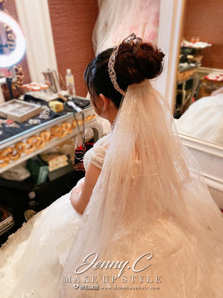 【新秘蓁妮】bride Lillian 訂結婚造型 / 龍鳳掛,乾燥花仙女,華麗公主