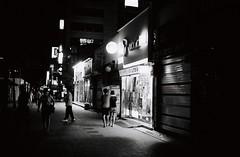 ... (june1777) Tags: snap street seoul night light leica m6 leitz summaron 35mm f35 ltm kodak bw400cn bw 400 pushed 2