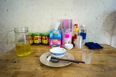 (kuuan) Tags: voigtländerheliarf4515mm manualfocus mf voigtländer15mm aspherical f4515mm superwideheliar apsc sonynex5n saigon hcmc vietnam restaurant table food comchai