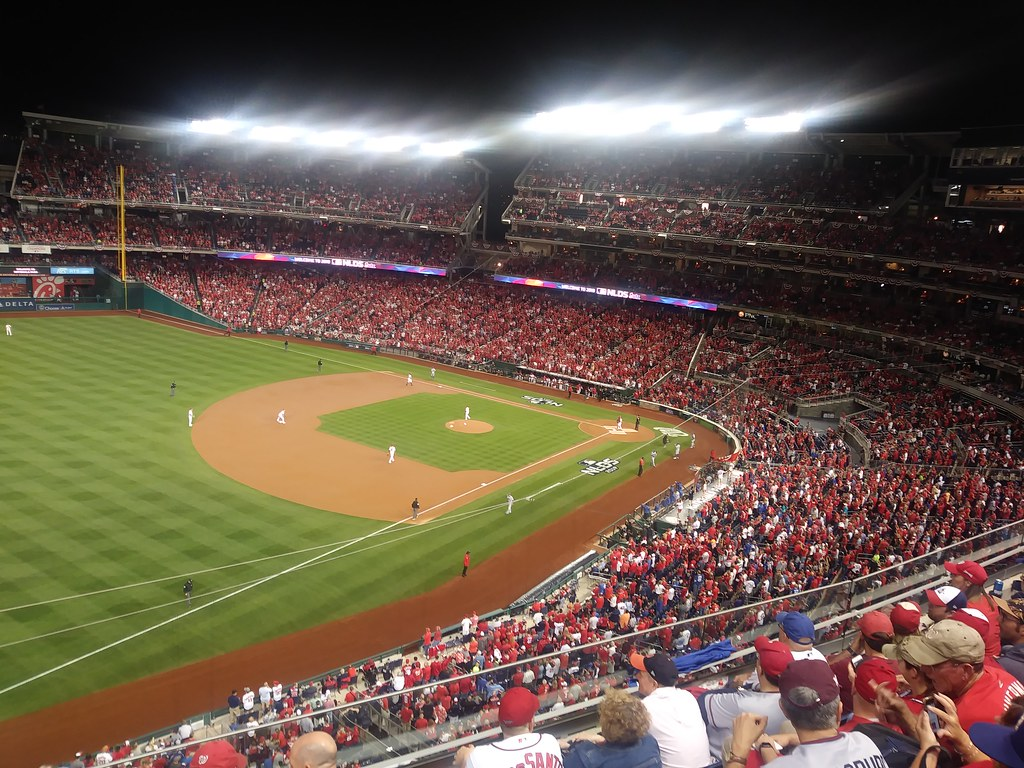 фото: NLDS game 3 Nationals Park