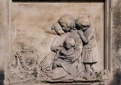 grieving children (johnm2205) Tags: religious necropolis cemetry dead mother restingplace architecture graves building tombs children glasgow