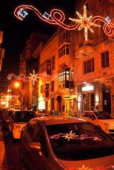 Valletta night street (DameBoudicca) Tags: malta malte マルタ valletta lavaleta lavalette lavalletta バレッタ streetshot streetphotography night natt nacht notte nuit noche 夜 street gata strase calle rue strada 道