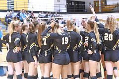 IMG_0414 (SJH Foto) Tags: girls volleyball college millersville university pittjohnstown timeout time out huddle team cheer