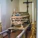 Lapio (AV), 2019, Chiesa della Madonna del Carmine: bara decorata e usata per il trasporto dei defunti.