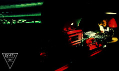 Live Electronics (EK4T3 COLLECTIVE) Tags: ek4t3 hypnosiswave materiaobscura triangle magic ritual dark electronic obscure shadow art darkart night horror terror visuals live music exposition exhibition red green darkmood experimental