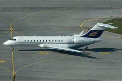 Amira Air GmbH Bombardier Canadair Global Express OE-IRP (c/n 9106) (Manfred Saitz) Tags: vienna airport schwechat vie loww flughafen wien amira air bombardier canadair global express glex oeirp oereg