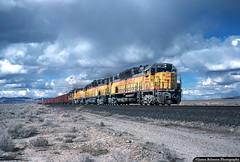 Desert Dandy (jamesbelmont) Tags: desert locomotive railway railroad train gp30 sd402 dd35a emd lynndylsun milford utah reed coal unionpacific