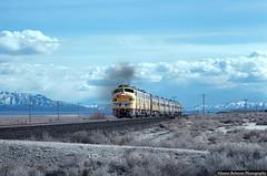 Smiling E9s (jamesbelmont) Tags: emd e9 lynndylsub utal reed locomotive railway railroad train streamliner passenger unionpacific