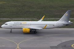 Vueling Airlines Airbus 320-271N EC-NFI (c/n 9096) (Manfred Saitz) Tags: vienna airport schwechat vie loww flughafen wien vueling airlines airbus 320 neo a20n ecnfi ecreg