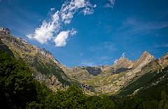 Pineta (SBA73) Tags: pirineus pirineos pyrenees pirineu pyrénées aragó aragon pics picos peaks monteperdido montperdut pineta vall valle valley muntanyes montañas mountains range