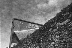 Angles gris (herbdolphy) Tags: analog analogique argentique pellicule film 35mm blackandwhite noiretblanc kodak tripanx expired