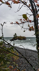 Hollow Rock (Lzzy Anderson) Tags: hollowrock northshore upnorth 2019 october autumn fall lakesuperior lake water waves greatlake rock tree storm rain clouds stormclouds windy overcast beach resort
