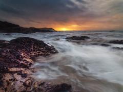 Polzeath Rush (Timothy Gilbert) Tags: wideangle sunset polzeath lumix boulders rocks panasonic1235mmf28x beach m43 microfourthirds wave microfournerds lovecornwall panasonic gx8 coast cornwall