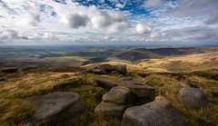 plane spotting (Phil-Gregory) Tags: kinderscout kinderdownfall rocks peakdistrict peakdistrictderbyshire peace nikon naturalphotography naturephotography nationalpark naturalworld clouds countryside cloudscape colour sky scenicsnotjustlandscapes landscapes