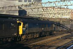 13.03.82 London Euston 25058 (philstephenrichards) Tags: br britishrail lmr londonmidlandregion euston class25 25058