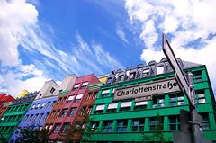 Carrefour (Atreides59) Tags: berlin urban urbain street architecture buildings germany allemagne deutschland ciel sky nuages clouds couleurs colors bleu blue vert green rouge red blanc white pentax k30 k 30 pentaxart atreides atreides59 cedriclafrance