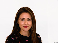 Laura (Luicabe) Tags: enazamorado femenino fondoblanco gente humano interior joven kodak laura luicabe luiscabello mujer persona posado retrato sonrisa yarat1 zamora