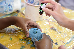 vemser-20 (Artes Instituto Olga Kos) Tags: vemser inclusao 2019 outubro louise weiss louiseweiss arte folhas massinha modelar danielmanoel