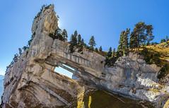 Tour Isabelle (Izzz38) Tags: romain izylowski randonnée vertige chartreuse sombardier parc naturel regional arche double tour percée isabelle aulp du seuil merveille