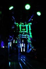 16 - Paris - Nuit Blanche et entours - Parade, Bille Vorn - Copacabana machine sex (melina1965) Tags: octobre october 2019 îledefrance paris panasonic lumix dmctz57 nuitblanche 4earrondissement lumière light nuit night sculpture sculptures