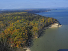 WE aerial view (vastateparksstaff) Tags: westmorelandstatepark waterview trees visitorcenter waterfront beach fall fallfolliage fishingpier cliffs potomac river aerial autumn inspire