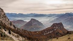 Brume sur Grenoble (Izzz38) Tags: romain izylowski col des banettes chartreuse parc naturel regional brume nuage grenoble montagne néron vallée rocher du lorzier