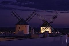 ......in parallel......., ......en paralelo.......in Explore... (Joerg Kaftan) Tags: campodecriptana windmills wind night sunset donquixote saramontiel lamancha books cervantes clouds views manchaalta millsagainstwhichdonquijotefought 16thcentury shield philipii virginofcryptan reconquest carlistwar molinos viento nocturna atardecer donquijote libros nubes vistas molinoscontralosqueluchódonquijote sigloxvi escudo felipeii virgendecriptana reconquista guerracarlista