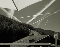 Lines in all directions II (Fay2603) Tags: bandicot lines blackandwhite roof dach tetto lamp lampe chemtrails kamin chimney geländer himmel cielo southerntirol südtirol berge buildings gebäude architektur