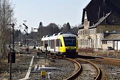 VT 265 HLB (uhrpfälzer) Tags: eisenbahn triebwagen hlb hessischelandesbahn westerwald altenkirchenwesterwald lint