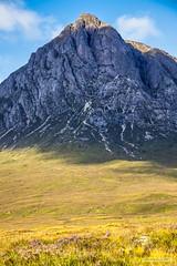 Stob Dearg, 1,022m. (3,353 feet,) Buchaille Etive Mòr, the most iconic Glencoe peak. (Scotland by NJC.) Tags: mountains hills highlands peaks fells massif pinnacle ben munro heights جَبَلٌ montanha 山 planina hora bjerg berg montaña vuori montagne βουνό montagna fjell valley vale gorge dale glen strath cwm coombe rift faultline وادٍ 山谷 dolina údolí dal vallei valle laakso vallée tal 谷間 계곡 pristine unspoiled untouched primeval immaculate perfect faultless spotless pure imaculado 崭新的 prístino parfait makellos immacolato ピカピカの 아주 깨끗한 stobdearg glencoe lochaber scotland