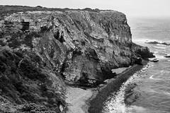 Gaivota (paulopar.rodrigues) Tags: photofoto bw captureone fuji xt1 local exterior portugal naturenatureza rochas rocks alentejo