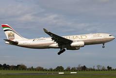 A6-EYP_02 (GH@BHD) Tags: a6eyp airbus a330 a330200 a330243 ey etd etihad etihadairways dublininternationalairport dublinairport dublin dub eidw aircraft aviation airliner