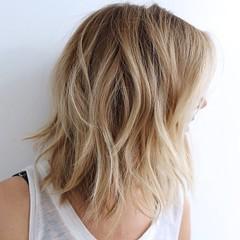 20 meilleurs Courts Coupes de Cheveux pour des Cheveux Ondulés (votrecoiffure) Tags: 2019 cheveux coiffure votrecoiffure