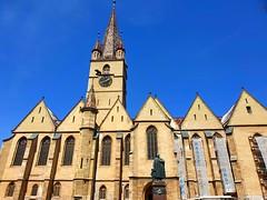 Sibiu (xandriaam) Tags: architecture statues statue sibiu ro romania bluesky church travel trip medievalcity medieval