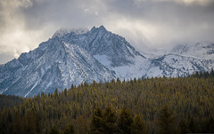 sawtooths-10-05-19-21 (Ken Folwell) Tags: mountains nopeople outdoors landscapes clouds trees snow autumn