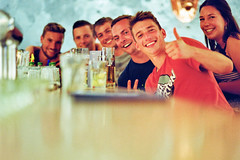 Happy gang (auqanaj) Tags: 20190822bis20190913 kodakgold200 nikonafnikkor85118d nikonf100 analog cewescan film people portrait group party bar pub blaueshaus amberg bayern bavaria deutschland germany nightout fun street