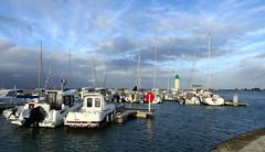 Le soir sur le port (BrigitteChanson) Tags: ré laflotte port phare porto faro bateaux soir sera