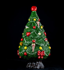 6M7A8019 (hallbæck) Tags: juletræ christmastree dekoration decoration keramik ceramics stoneware xmas jul mh hørsholm denmark macro canoneos5dmarkiii ef100mmf28lmacroisusm uhakeramik october2019