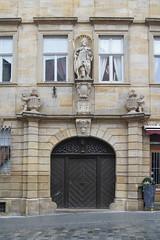 Karolinenstraße 6, Bamberg (kate223332) Tags: bamberg bavaria germany gateway door entry portal deutschland