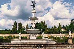 Villa Castello la Fontana con Ercole e Anteo (danilocolombo69) Tags: danilocolombo69 danilocolombo nikonclubit villacastello medici giardini unesco fontana ercoleeanteo soe