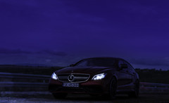 CLS63s_hr_4-6-blue_hour (emanuil.hv) Tags: artificial lights 118 model car diecast resin gt spirit mercedes amg cls63s hyazinth rot hyacinth red custom umbau tuning modification unique