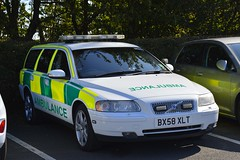 BX58 XLT (S11 AUN) Tags: uk emergency response training ambulance service volvo v70 t5 trauma team rrv rapid vehicle paramedic responsecar 999 england bx58xlt bdv recovery a11bdv