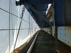View inside the containment system (WSDOT) Tags: bridge bridgepainting tricities columbiariver wsdot pioneermemorialbridge pasco kennewick jr us 395