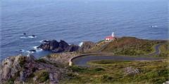Faro en Punta Candieira - La Coruña (Luisa Gila Merino) Tags: galicia faro litoral mar rocas paisaje carretera océano costa landscape